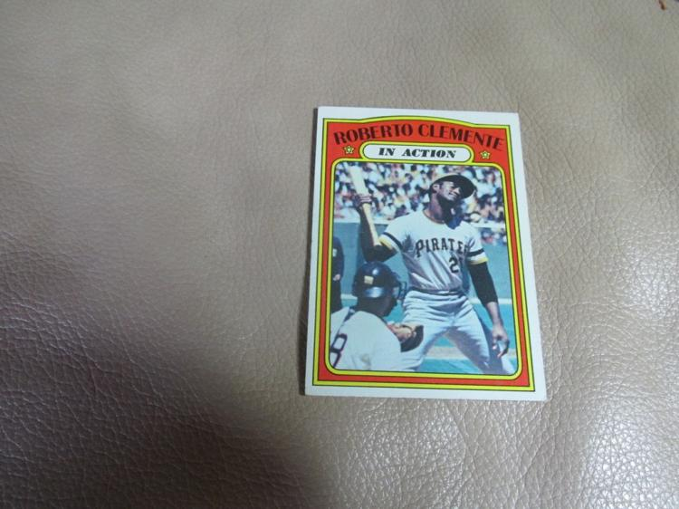 Roberto Clemente in action card #310