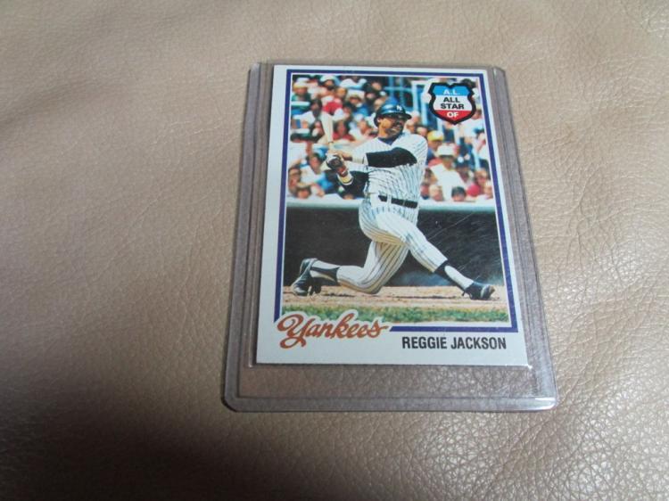 Reggie Jackson card #200