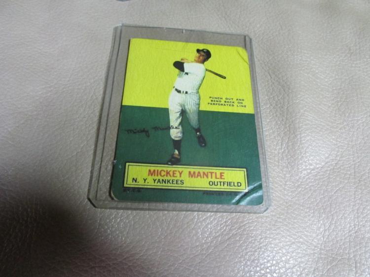 Mickey Mantle Cardboard card