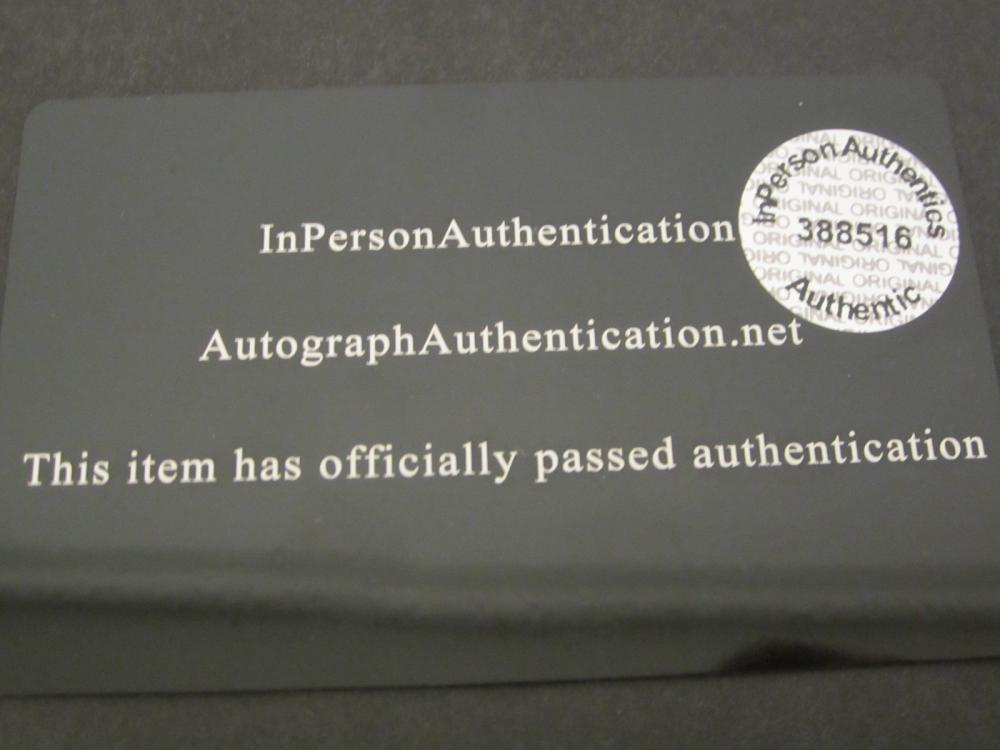 Lot 78: BRUCE SPRINGSTEEN SIGNED AUTOGRAPHED 8X10 COA