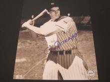 Lot 70: JOE DIMAGGIO SIGNED AUTOGRAPHED YANKEES 8X10 COA