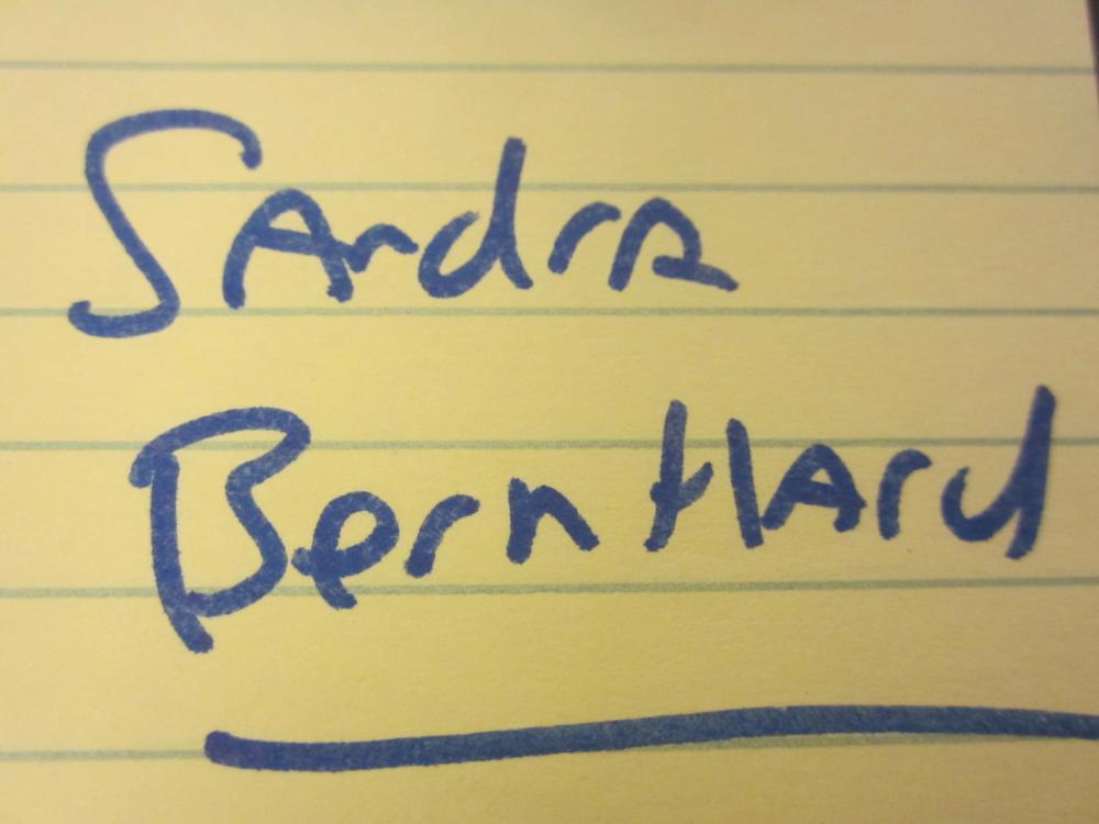 Lot 133: SANDRA BERNHARD SIGNED AUTOGRAPHED PLAYBOY MAGAZINE COA