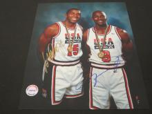 Lot 199: MAGIC JOHNSON,MICHAEL JORDAN SIGNED AUTOGRAPHED USA BASKETBALL 8X10 COA