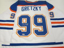 Lot 258: WAYNE GRETZKY SIGNED AUTOGRAPHED RANGERS JERSEY COA