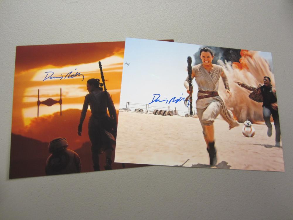 Lot 411: (2)DAISEY RIDLEY SIGNED AUTOGRAPHED STAR WARS 8X10 COA