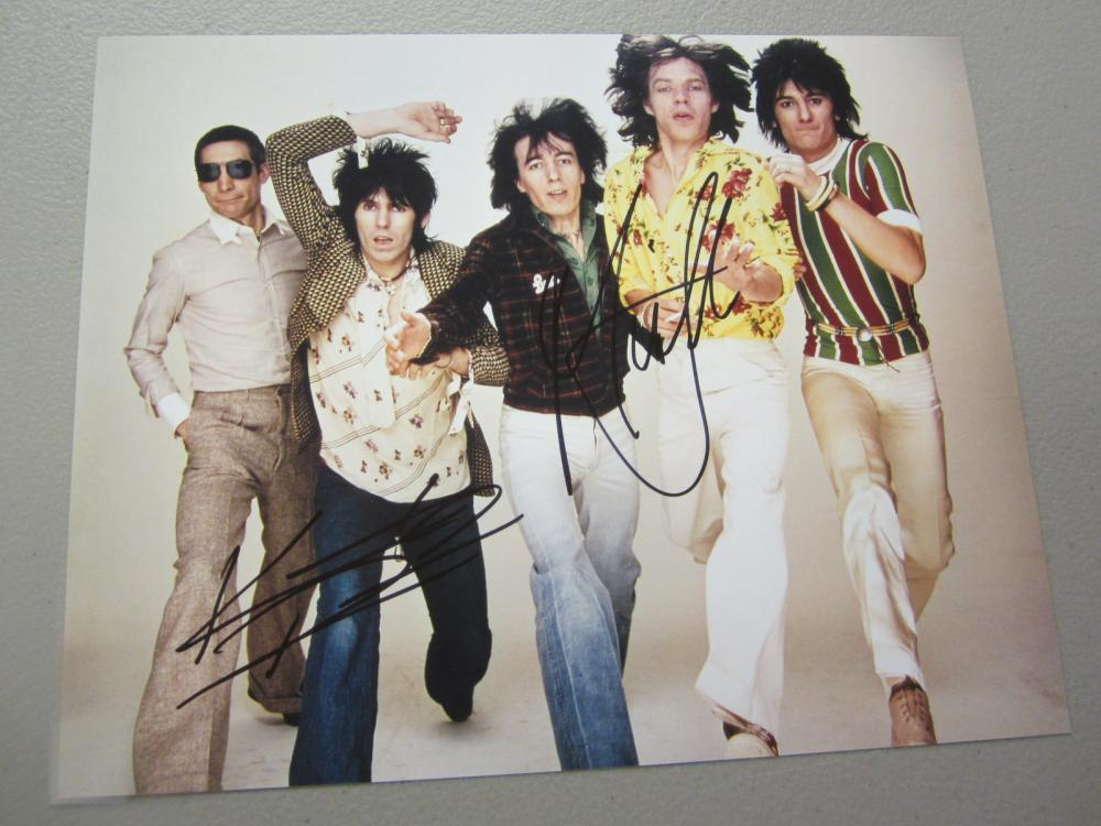 Lot 427: ROLLING STONES BAND SIGNED AUTOGRAPHED 8X10 COA MICK,KEITH