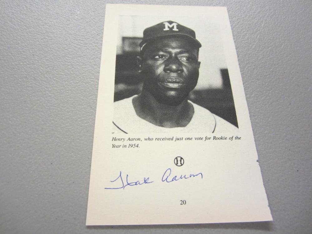 Lot 462: HANK AARON SIGNED AUTOGRAPHED BRAVES PAGE COA
