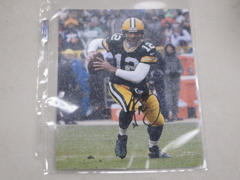 Lot 510: AARON RODGERS SIGNED AUTOGRAPHED PACKERS 8X10 COA