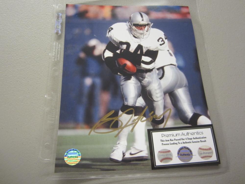 Lot 566: BO JACKSON SIGNED AUTOGRAPHED RAIDERS MINI HELMET COA