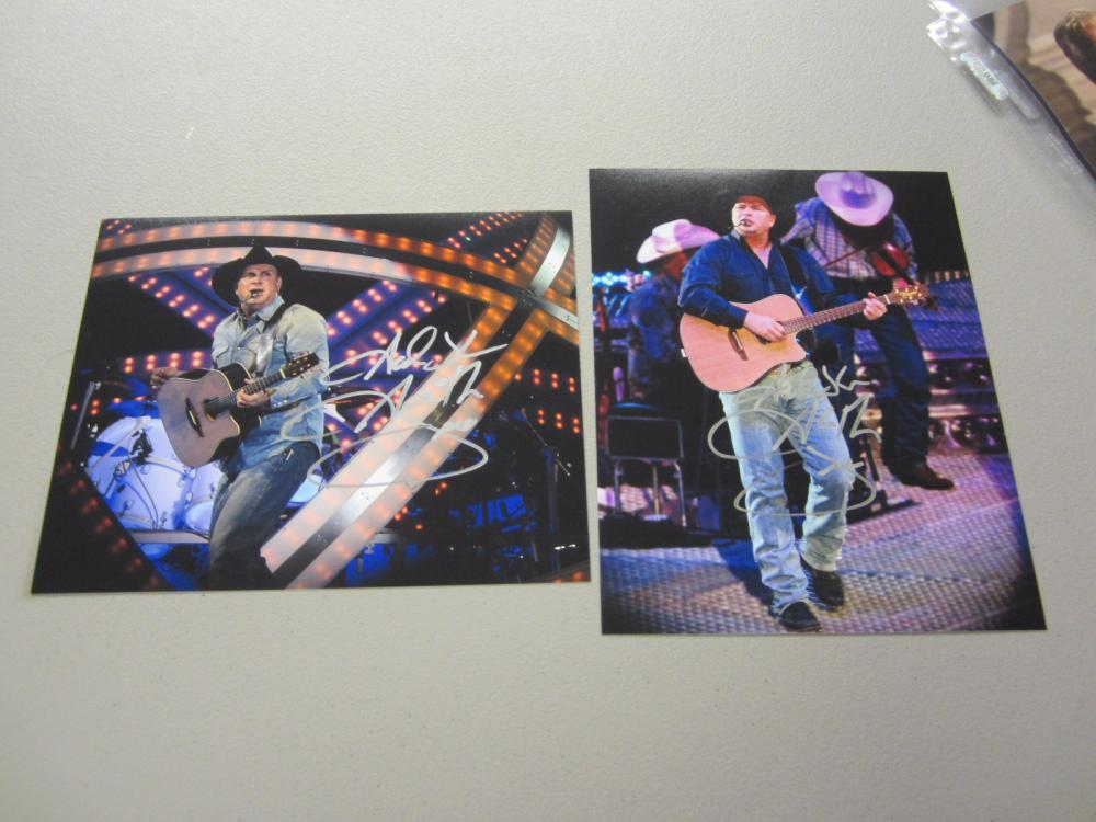Lot 590: (2)GARTH BROOKS SIGNED AUTOGRAPHED 8X10 COA