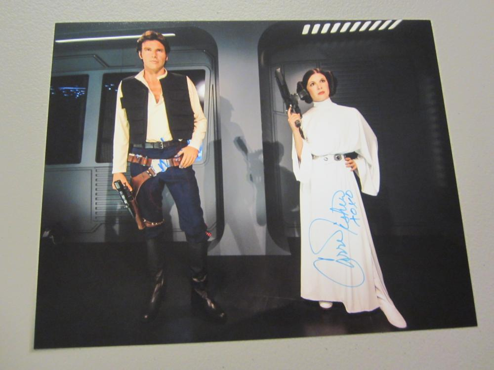 Lot 622: CARRIE FISHER,HARRISON FORD SIGNED AUTOGRAPHED STAR WARS 8X10 COA