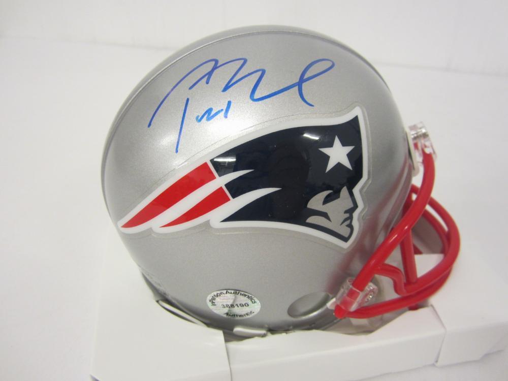 Lot 672: Tom Brady Patriots signed Mini Helmet Certified Coa