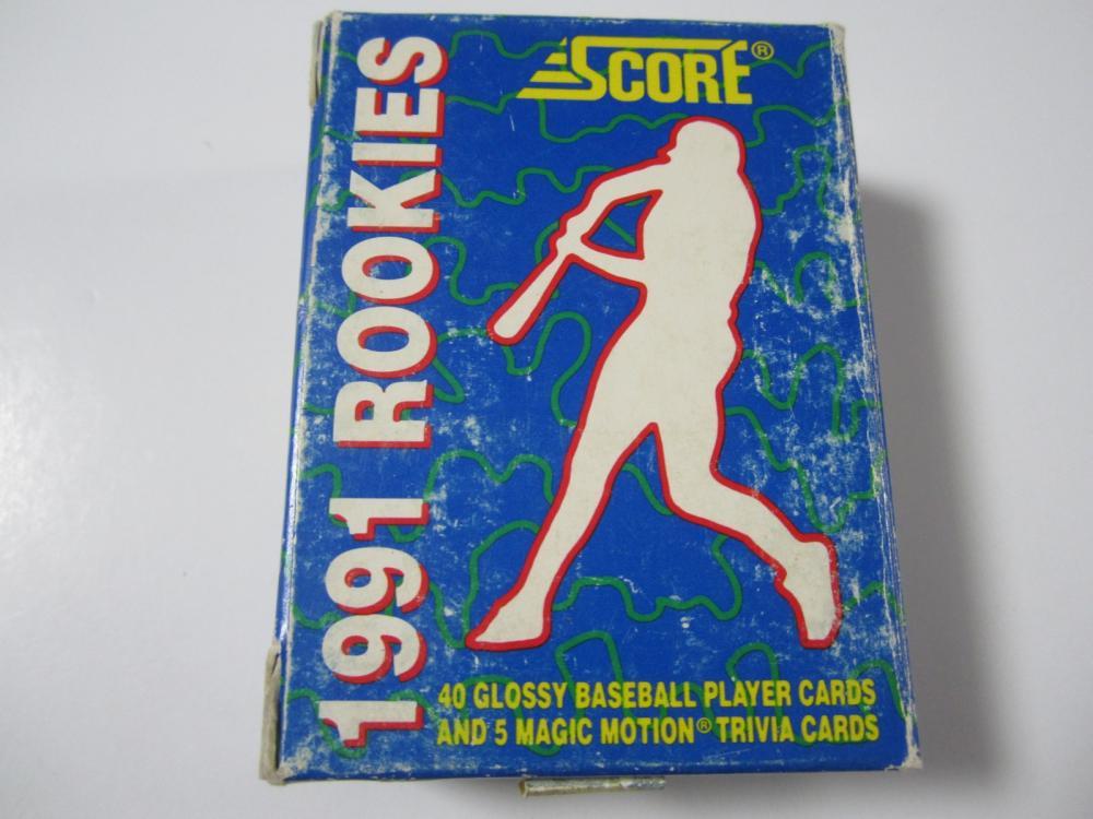Lot 677: 1991 SCORE BASEBALL ROOKIES SET OF 40 SPORTS CARDS