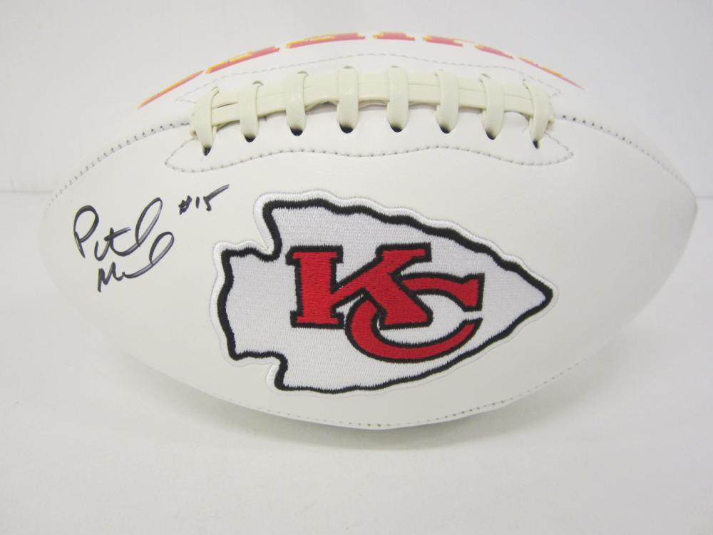 Lot 675: Patrick Mahomes Cheifs signed Football Certified Coa