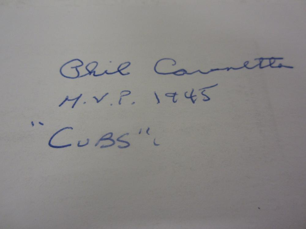 Lot 687: PHIL CAVARRETTA SIGNED AUTOGRAPHED CUBS 3X5 INDEX CARD PAAS COA