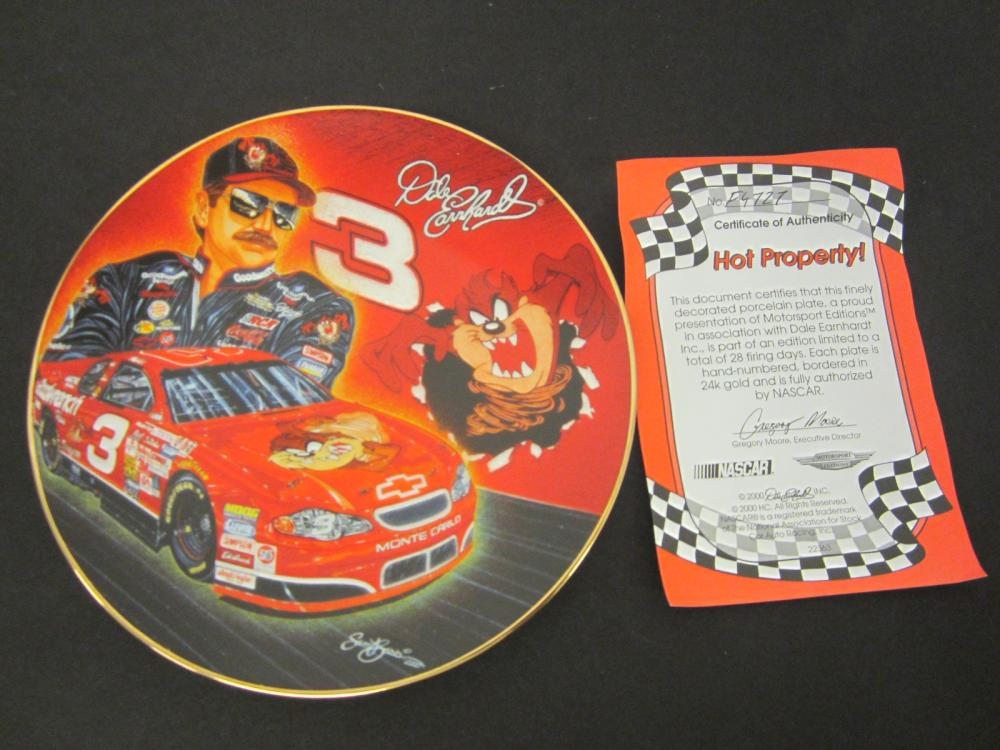 Lot 771: DALE EARNHARDT HOT PROPERTY OFFICAL GLASS HAMILTON PLATE FROM EARNHARDT COLLECTION
