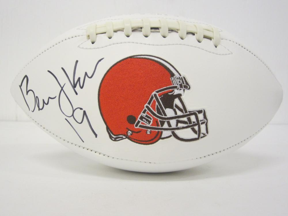 Lot 777: BERNIE KOSAR CLEVELAND BROWNS SIGNED AUTOGRAPHED FOOTBALL CERTIFIED COA