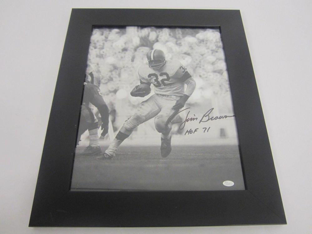 Lot 798: Jim Brown Cleveland Browns Signed Autographed Framed 16x20 Photo JSA CoA