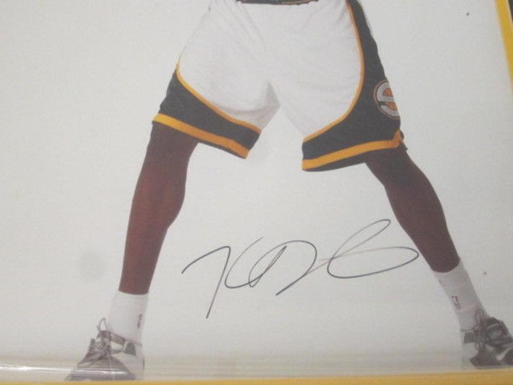 Lot 801: Kevin Durant Supersonics Signed Autographed Framed 16x20 Photo JSA CoA