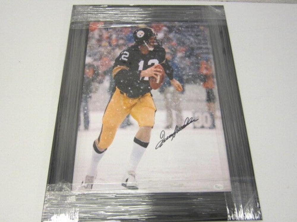 Lot 808: Terry Bradshaw Steelers Signed Autographed Framed 16x20 Photo JSA CoA