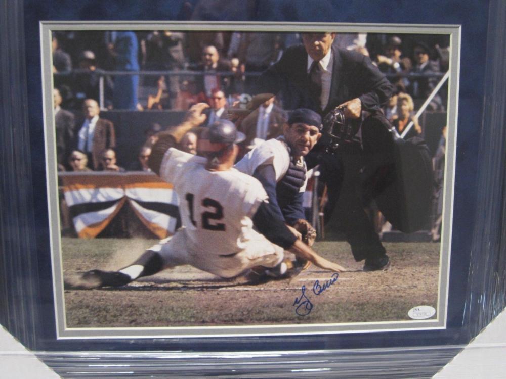 Lot 814: Yogi Berra NY Yankees Signed Autographed Framed 11x14 Photo Certified CoA