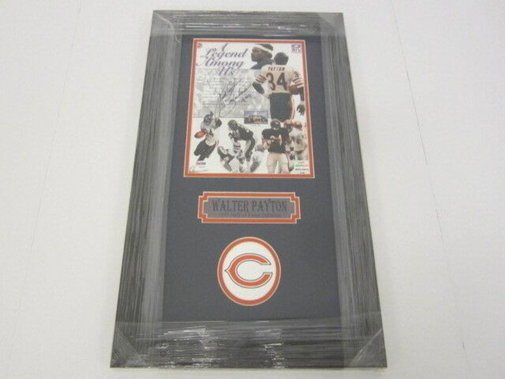 Lot 826: Walter Payton Bears Signed Autographed Framed 8x10 Photo PSA/DNA CoA