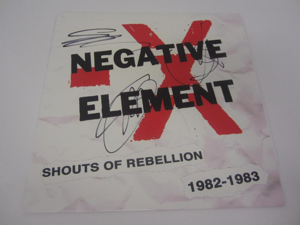 Lot 907: NEGATIVE ELEMENT BAND SIGNED AUTOGRAPHED RECORD COA SPARBY,TOM,BARRY