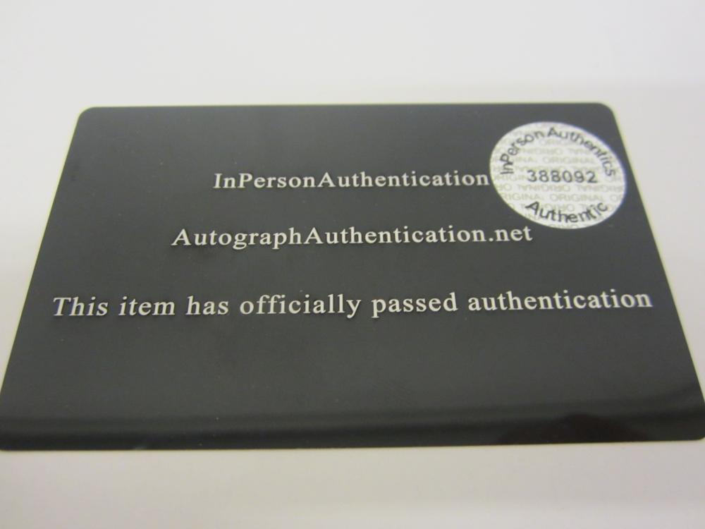 Lot 910: DAVID JONES SIGNED AUTOGRAPHED RECORD ALBUM CERTIFIED COA