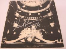 Lot 931: IAN ANDERSON JETHRO TULL SIGNED AUTOGRAPHED RECORD ALBUM CERTIFIED COA