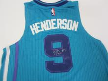 Lot 942: GERALD HENDERSON HORNETS SIGNED AUTOGRAPHED JERSEY CERTIFIED COA