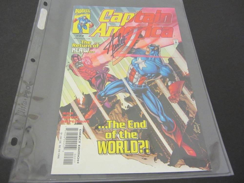 Lot 950: STAN LEE MARVEL SIGNED AUTOGRAPHED COMIC BOOK CERTIFIED COA