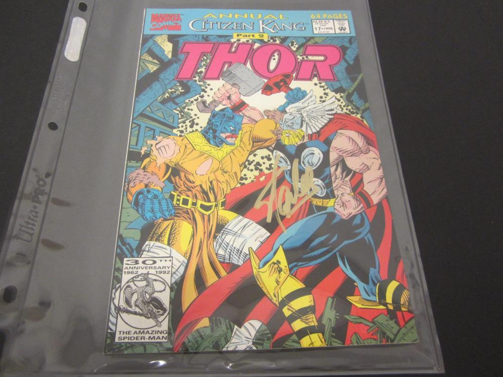 Lot 1036: STAN LEE MARVEL SIGNED AUTOGRAPHED COMIC BOOK CERTIFIED COA