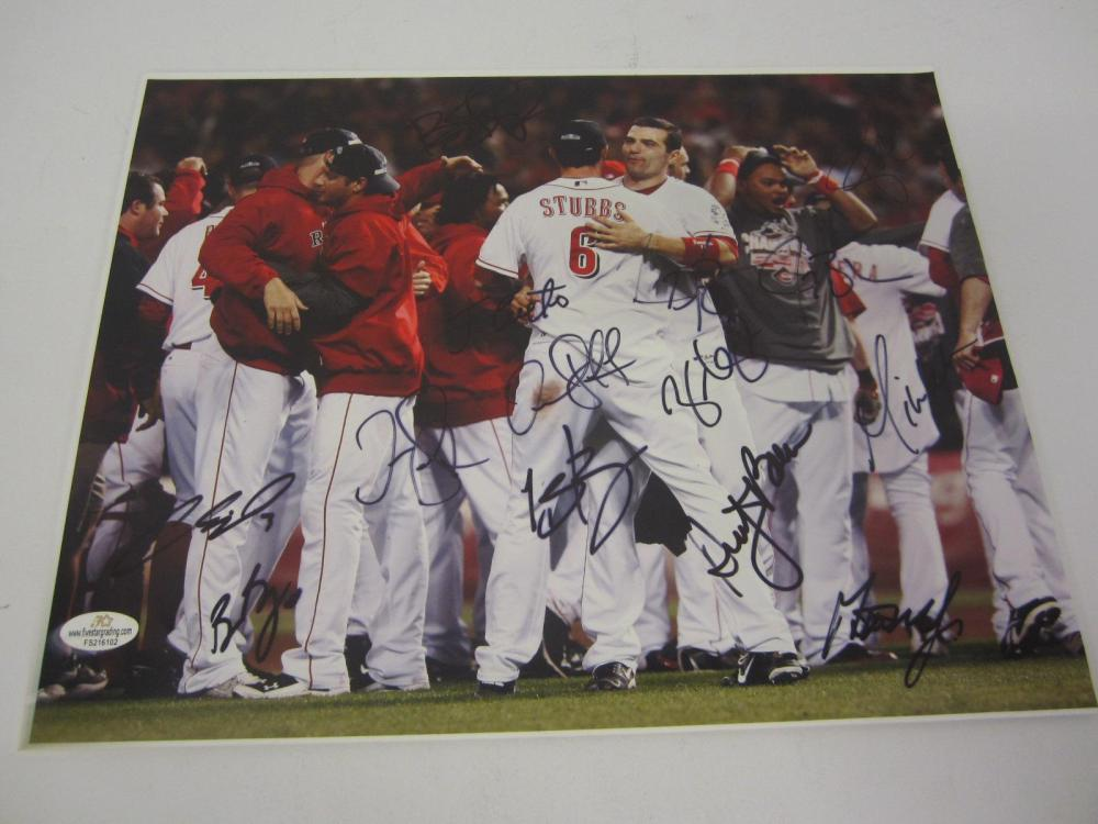 Lot 1049: CINCINNATI REDS TEAM SIGNED 11X14 DUSTY BAKER,JAY,BRANDON PHILLIPS +14 COA
