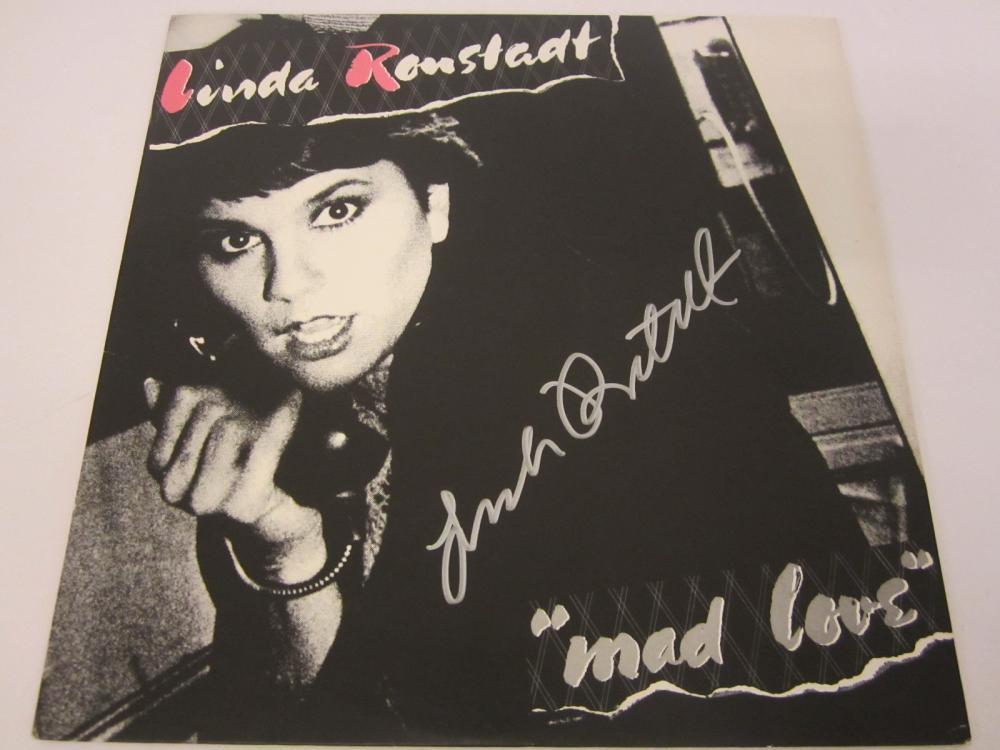 Lot 1166: LINDA RONSTADT SIGNED AUTOGRAPHED RECORD ALBUM CERTIFIED COA