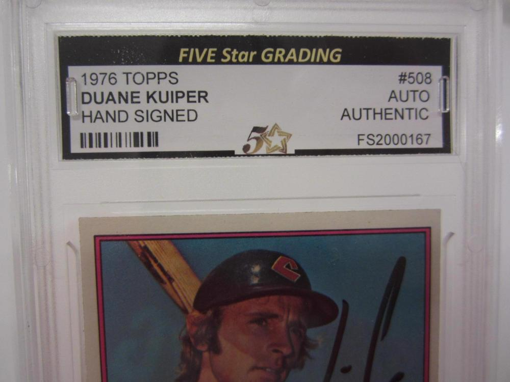 Lot 1167: 1976 TOPPS DUANE KUIPER SIGNED AUTOGRAPHED GRADED AUTHENTIC CARD