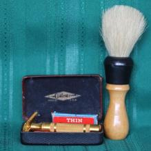 1930's Gillette DE Safety Razor w/ Brush