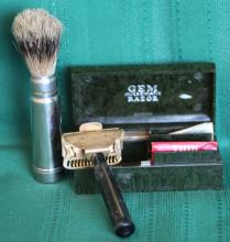 Antique Gem Junior Safety Razor w/ Case + Brush