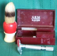 Gem Micromatic Safety Razor w/ Case + Brush