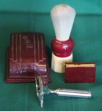 Gem 1912 Safety Razor w/ Case + Brush