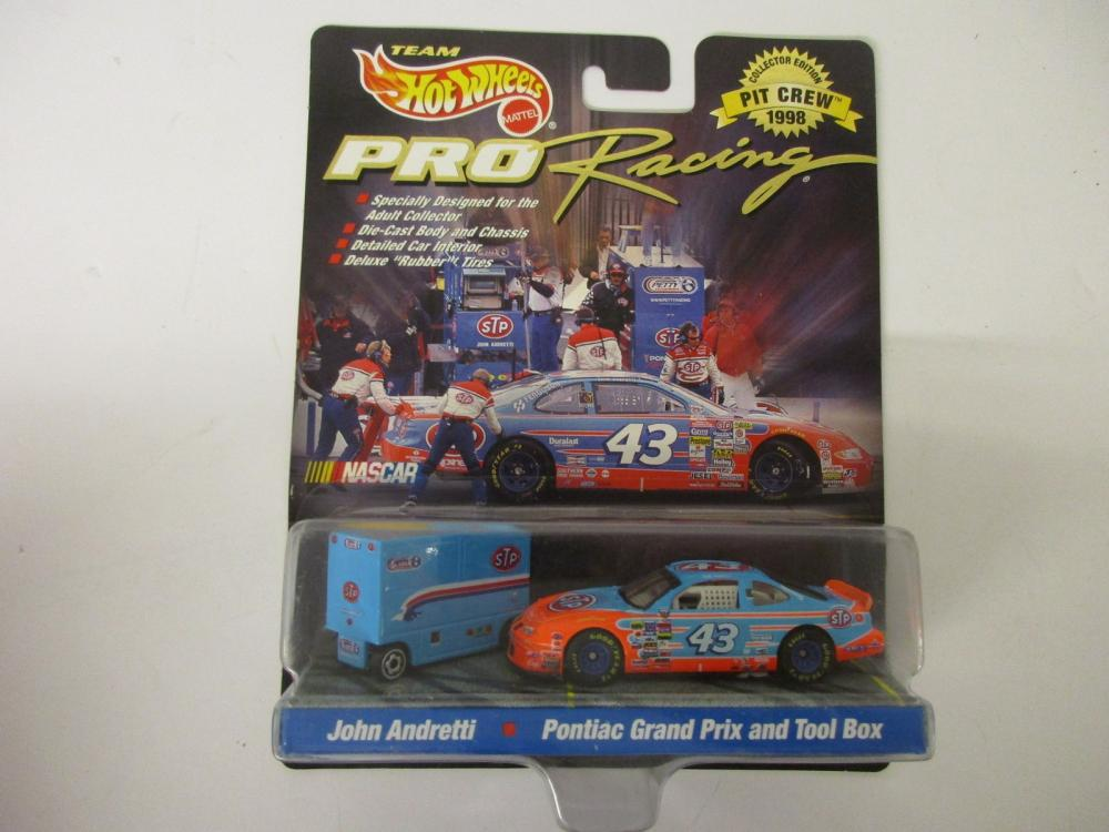 John Andretti Petty Racing 1998 Pit Crew Team Hot Wheels Pro Racing Die Cast