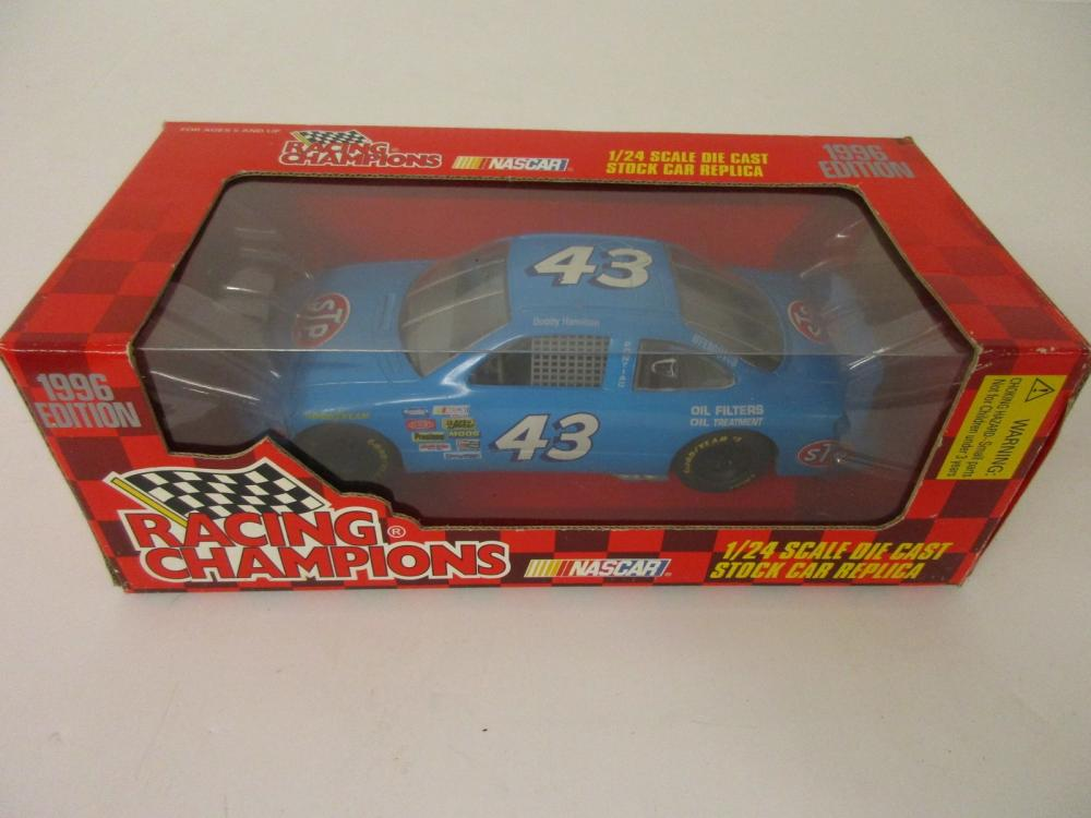 Bobby Hamilton Richard Petty Racing 1996 Racing Champions 1/24 scale Die Cast