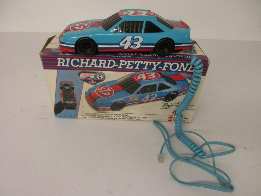 Richard Petty NASCAR STP Stock Car Corded Telephone with Original Box