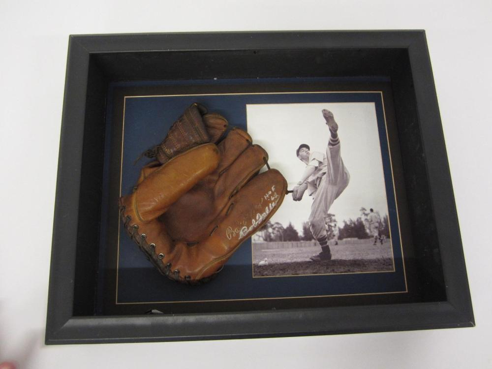 BOB FELLER INDIANS SIGNED VINTAGE GLOVE WITH 8X10 PHOTO SHADOWBOXED CERTIFIED JSA COA