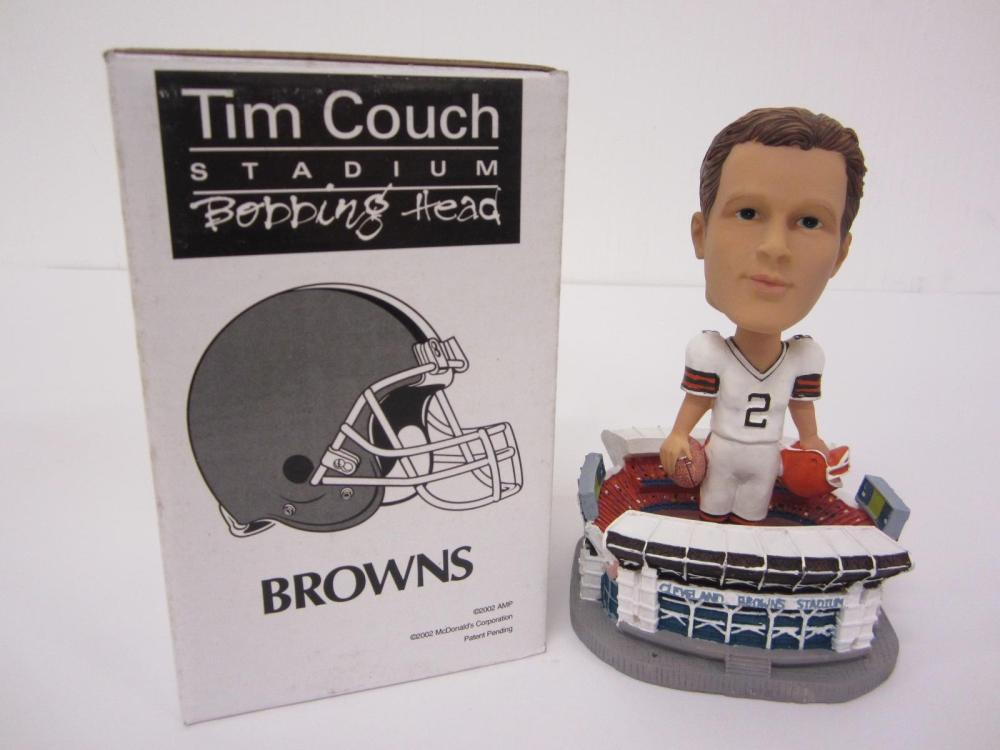 2002 MCDONALDS TIM COUCH CLEVELAND BROWNS STADIUM BOBBLEHEAD SGA