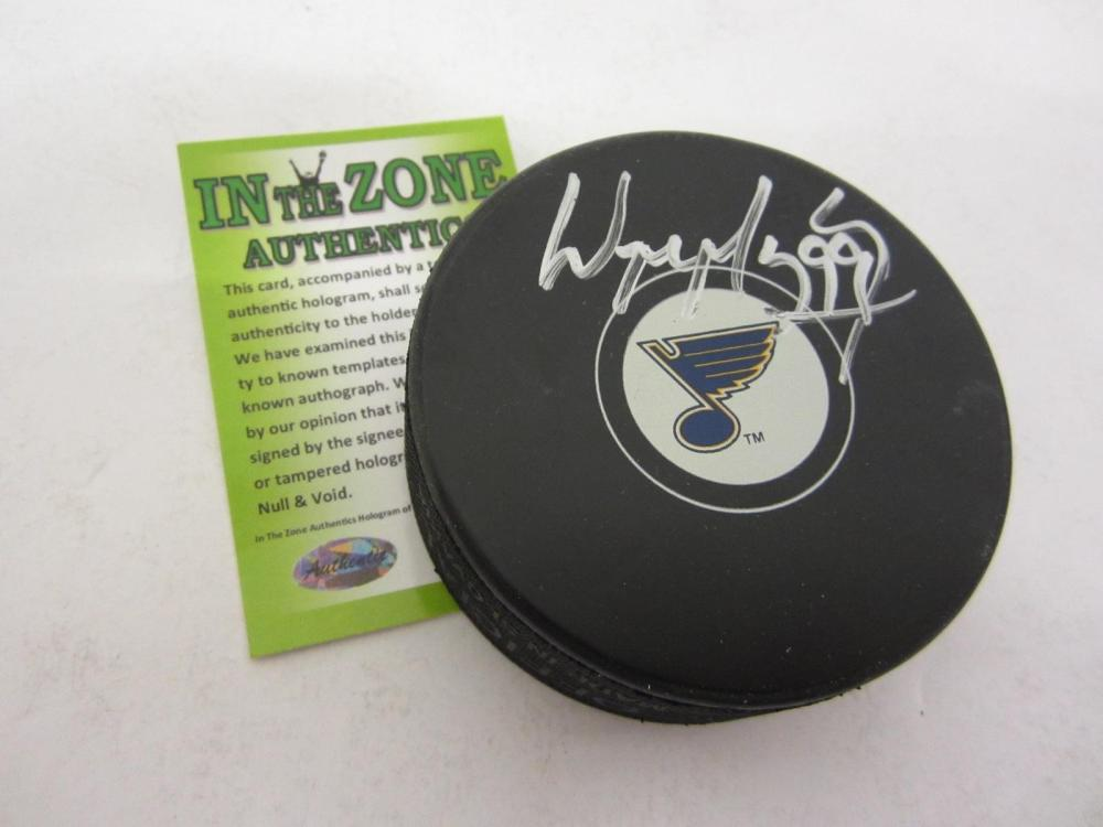 WAYNE GRETZKY ST. LOUIS BLUES SIGNED AUTOGRAPHED HOCKEY PUCK CERTIFIED COA