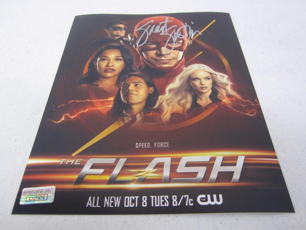 """Grant Gustin """"The Flash"""" signed autographed 8x10 photo Certified COA"""