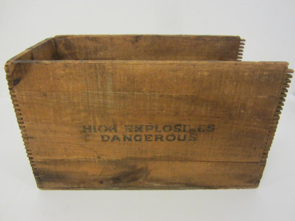 Trojan Powder Company Chemicals / Explosives Vintage wooden box
