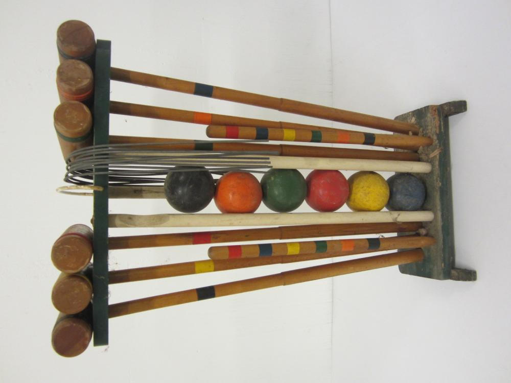 Vintage Croquett set with balls mallets carrying case complete