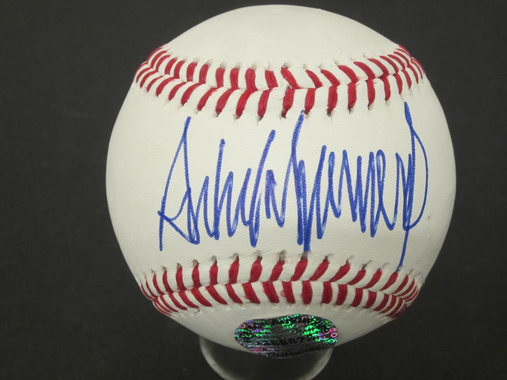 Donald Trump President POTUS Signed Autographed baseball Certified Coa