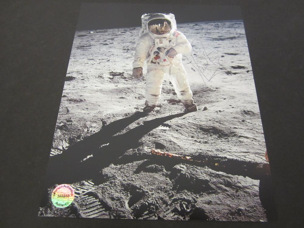 Neil Armstrong NASA Astronaut Signed Autographed 8x10 photo Certified Coa